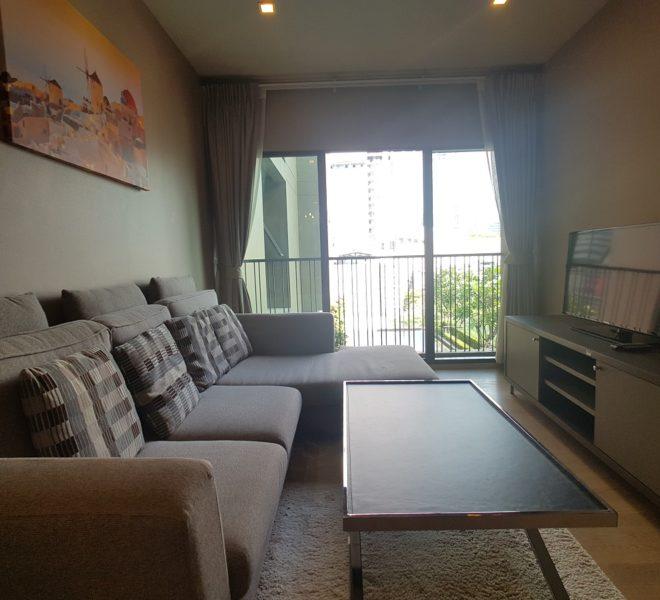 Rent condo with pool view - 1 bedroom - low floor - Noble Refine Sukhumvit 26 near Phrom Phong BTS