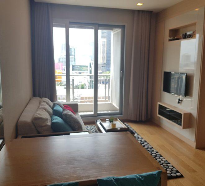 Cheap flat for sale in Asoke near MRT - 1-bedroom - mid-floor - The Address Asoke condominium