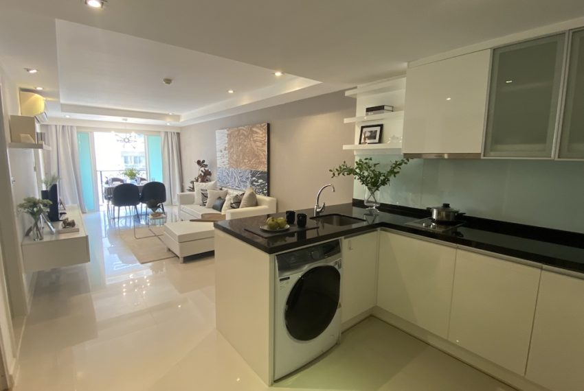 kBeautiful Bangkok apartment in Ekkamai for sale - 2-bedroom - Le Niceitchen