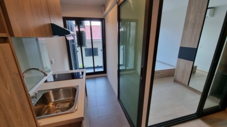Cheap and new Bangkok condo near BTS Phra Khanong - Foreign Quota - The Excel Hideaway Sukhumvit 71