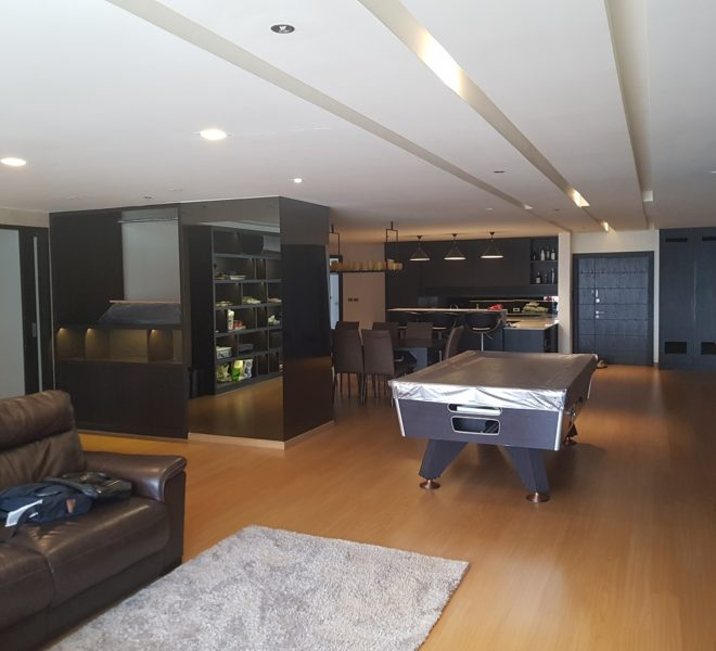 Large luxury apartment for sale in Sukhumvit 11 - 3-bedroom - mid-floor - channel view - Kallista Mansion
