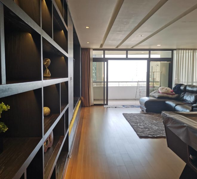 Luxury condo for rent in Thonglor - 2 bedroom - high floor - The Monument Thong Lo