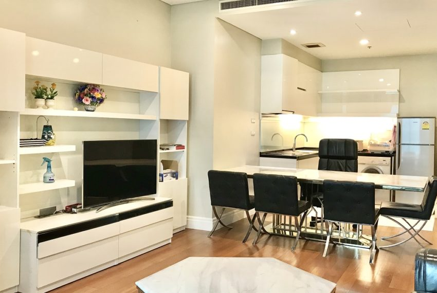 living & dining area 2
