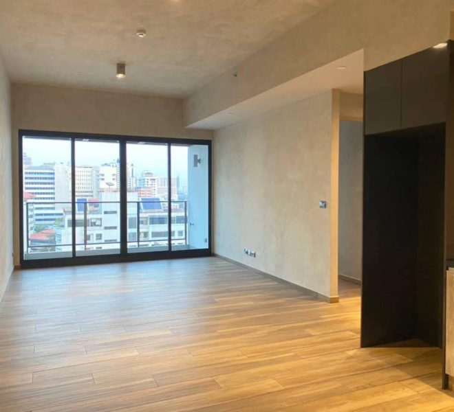 Luxury flat for sale near the University in Asoke - 2 bedroom - high-floor - The Lofts Asoke condominium