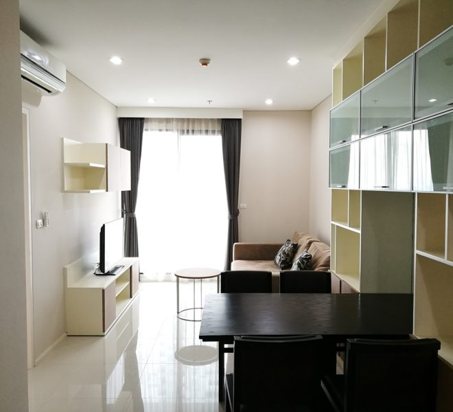 1-bedroom flat or rent near Airport Link Makkasan - mid-floor - Villa Asoke Condominium