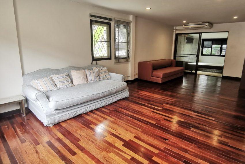living room on floor 2