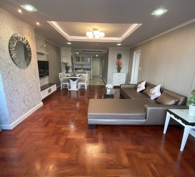 Renovated large condo for rent - 1-bedroom - low floor - Lake Avenue