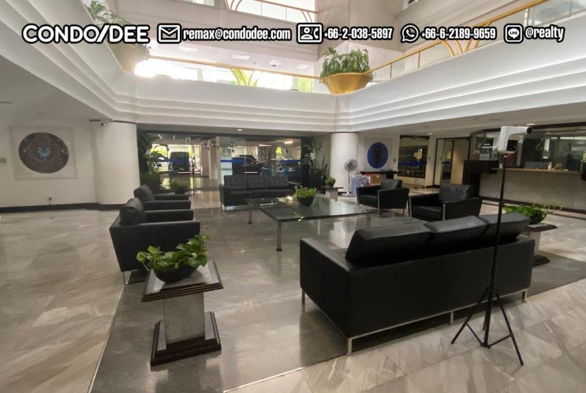 lobbya