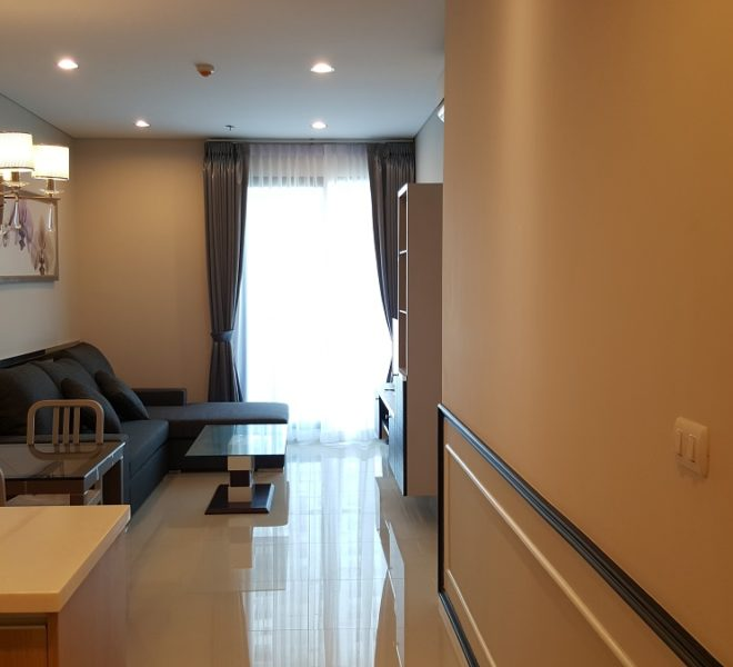 1-bedroom flat or rent near Makkasan Airport Rail Link - mid-floor - Villa Asoke Condominium