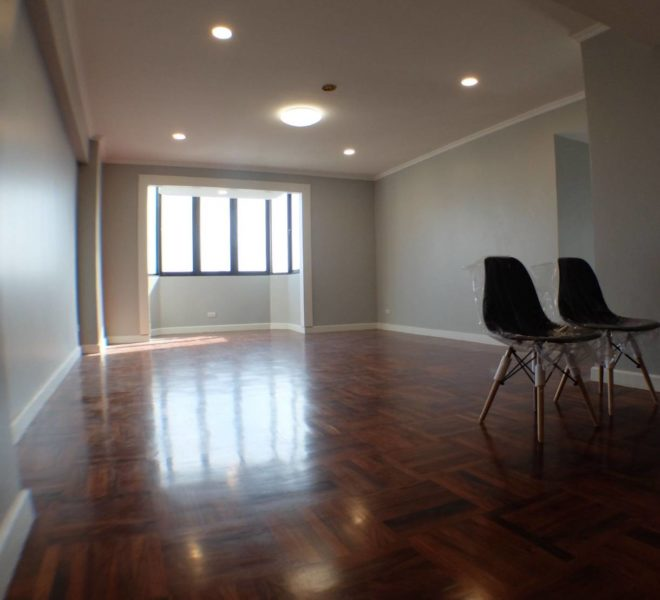 Big Condo at Nana for Sale Cheap in Omni Tower- High Floor