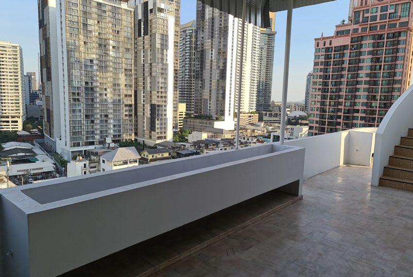 penthouse-duplex La Maison 22 - large balcony 1