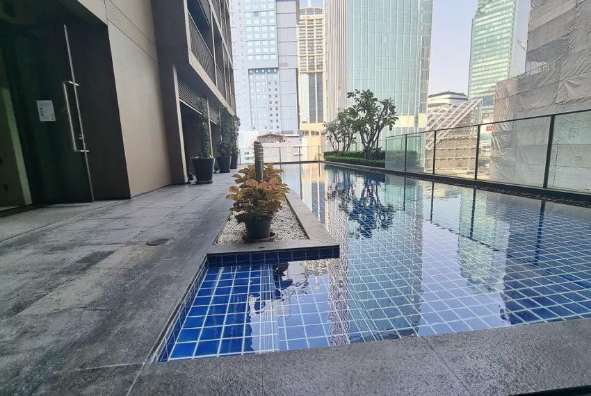 pool 7 floor
