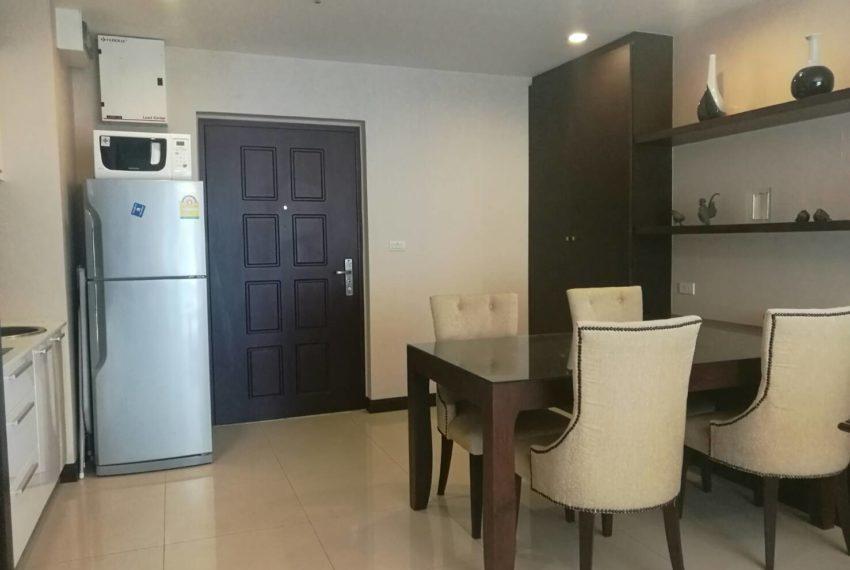 prime-11-rental-high-floor-1-bedroom-livingroom-3