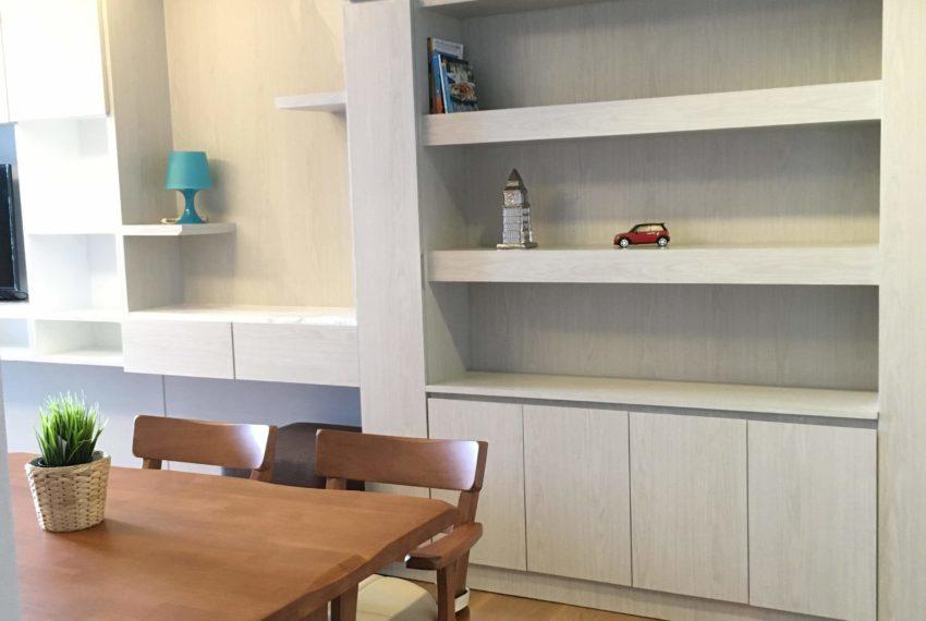 Condo for rent in Phrom Phong - 2 bedroom - mid-floor - The Lumpini Sukhumvit 24