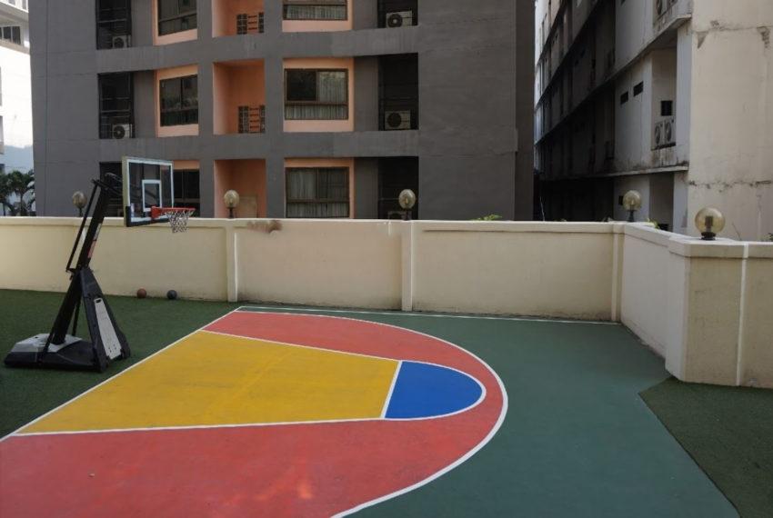 shiva-tower-sukhumvit-15-kids-playground