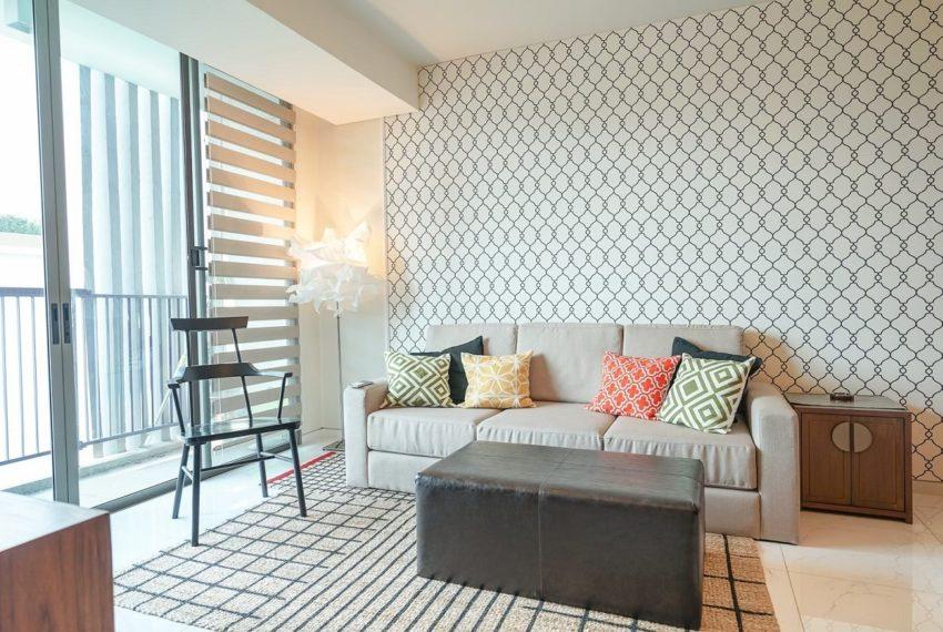 siameseSKV39-livingroom-rent2