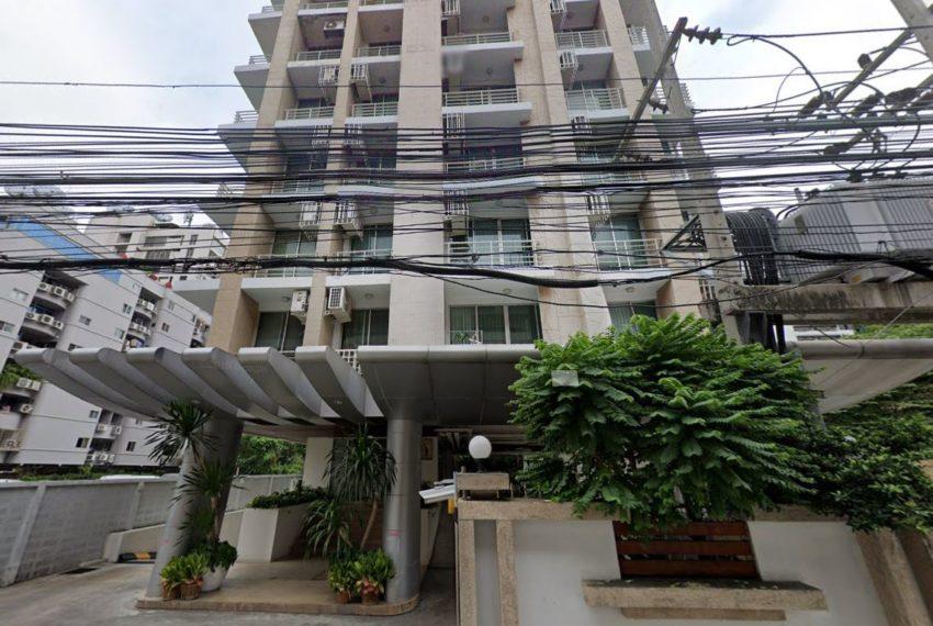 street viewHarmony Living Sukhumvit 15 condo - entrance