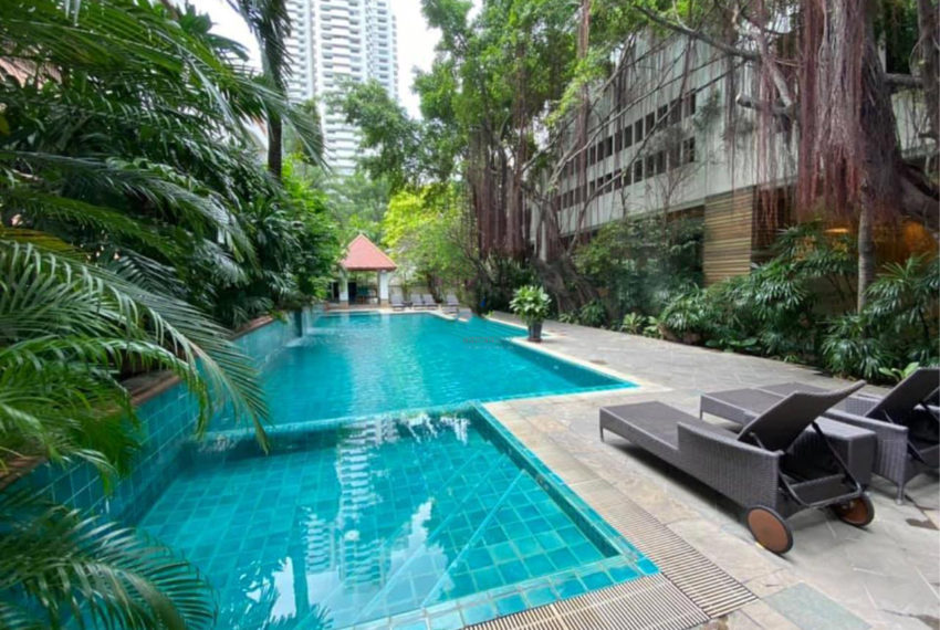 swimming Kallista Sukhumvit 11 condominium - pool
