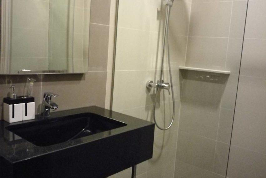 the edge 23 bathroom