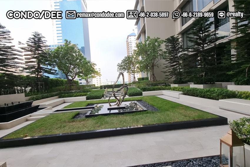 the esse Asoke - 10 fl sculpture garden