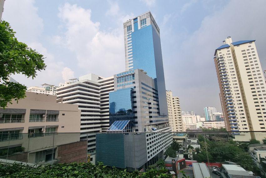 the esse Asoke - 10 floor garden view
