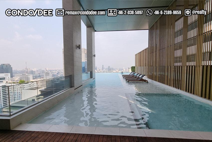 the esse Asoke - 33 floor panoramic pool