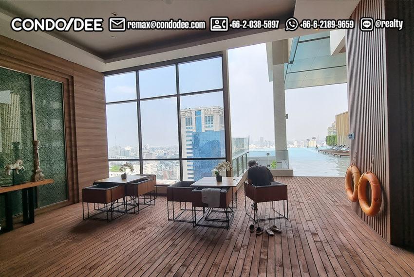the esse Asoke - 33 floor pool terrace'