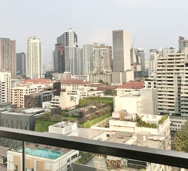 Bangkok condo near BTS Nana for sale - 2-bedroom - high floor - Hyde Sukhumvit 11