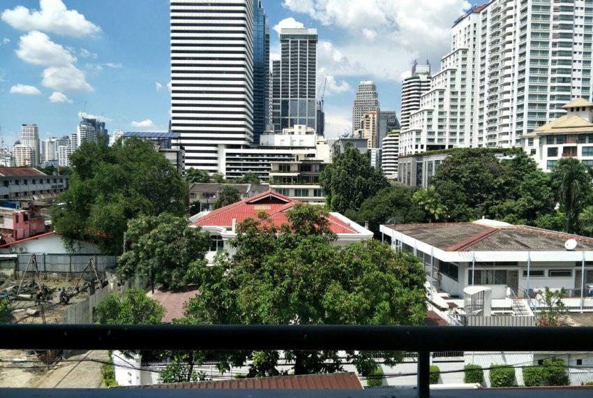 vogue sukhumvit 15 condominium 1-bedroom for sale - balcony view