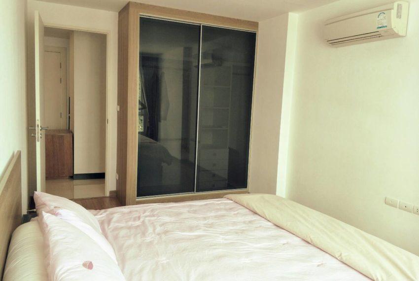 vogue sukhumvit 15 condominium 1-bedroom for sale - bed