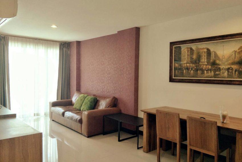 vogue sukhumvit 15 condominium 1-bedroom for sale - living room