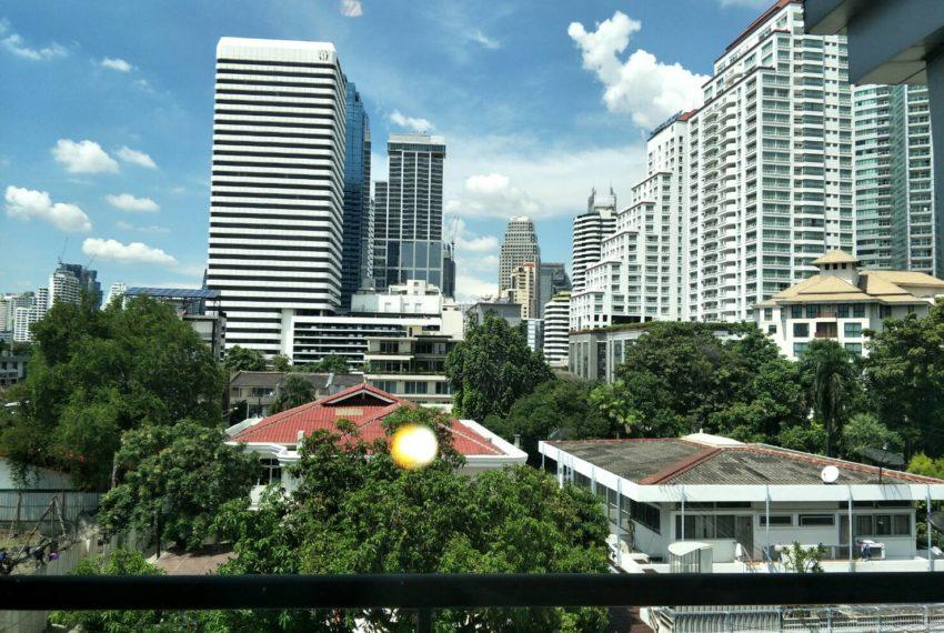 vogue sukhumvit 15 condominium 1-bedroom for sale - view