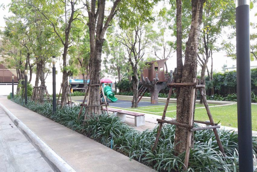 watermark chaophraya river condominium 3 parking slots - playground
