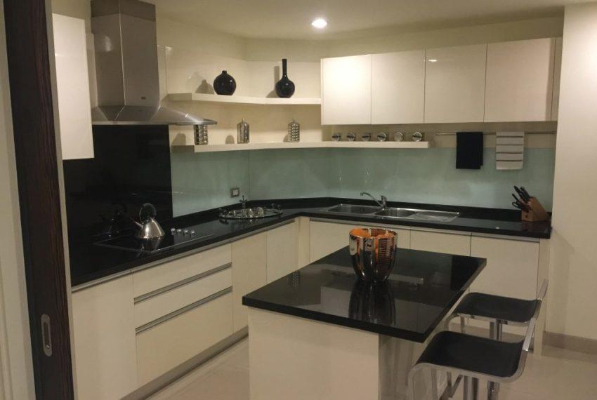 watermark chaophraya river condominium kitchen