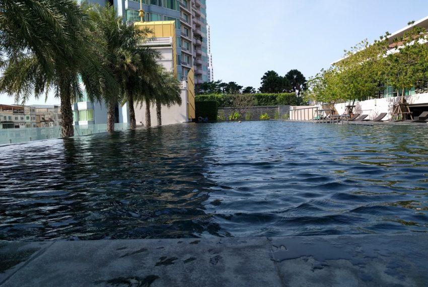 watermark chaophraya river condominium swimming open